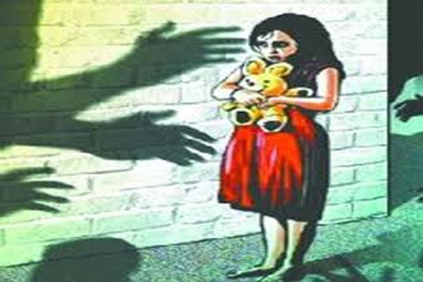 5 year old girl raped by 16 year old uncle - Lucknow News in Hindi