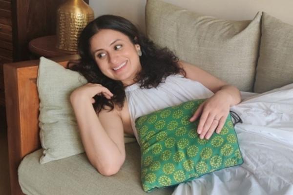 रसिका दुग्गल : कभी-कभी आपको केवल खुद का मनोरंजन करने की जरूरत होती है