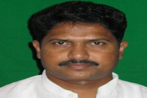 Mohan Delkar committed suicide, Maharashtra Congress raises questions - Mumbai News in Hindi