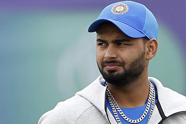 Need to respect the bowlers bit more in England: Pant - Cricket News in Hindi