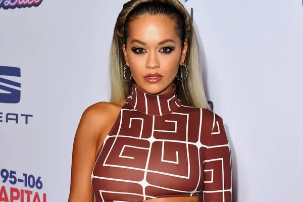 Rita Ora is a fan of Charles Dickens - Hollywood News in Hindi