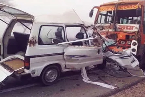 Churu: 8 killed in road accident - Jaipur News in Hindi