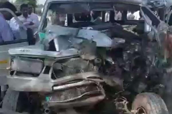 श्रीगंगानगर में भीषण सड़क हादसा, एक ही परिवार के 4 लोगों की मौत