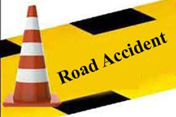 Five killed in Telangana road accident - Hyderabad News in Hindi
