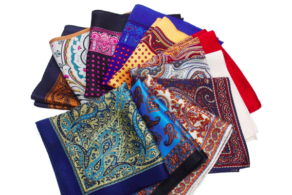 You can get child happiness by keeping this color handkerchief close - Jyotish Nidan in Hindi