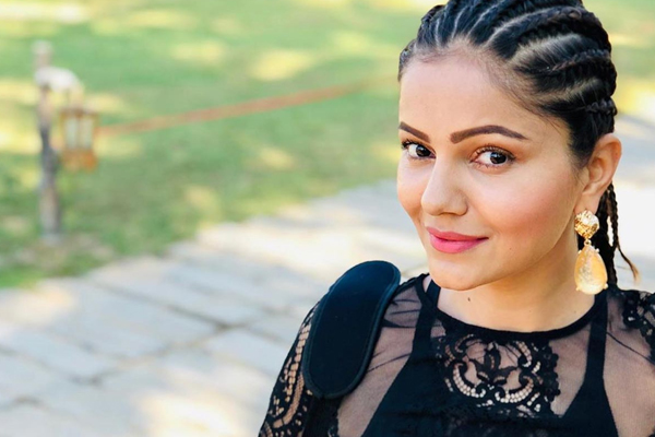Rubina wonot participate in Ticket to Finale task as punishment? - Television News in Hindi