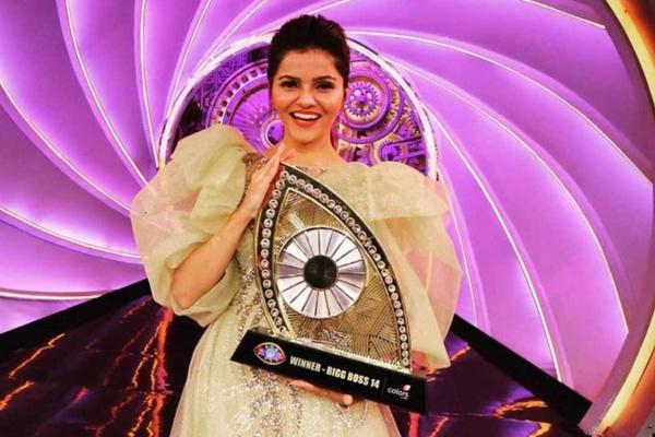 Rubina Dilaik shares Bigg Boss victory gown for LGBTQIA plus charity - Television News in Hindi