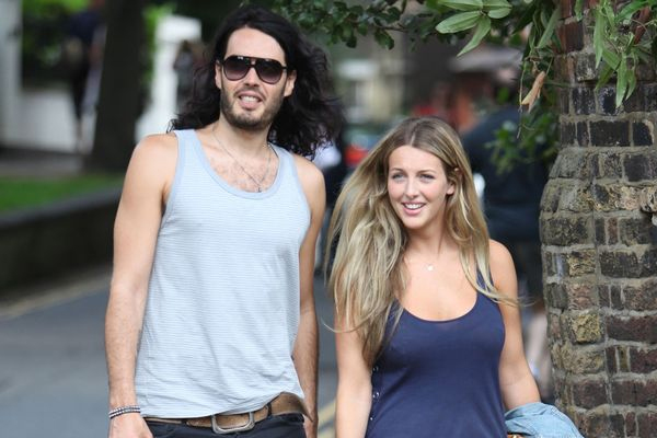 Russell Brand wife finds his energy levels exhausting - Hollywood News in Hindi