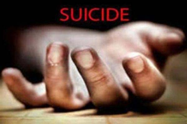 Agra student suicides in Roorkee IIT - Agra News in Hindi