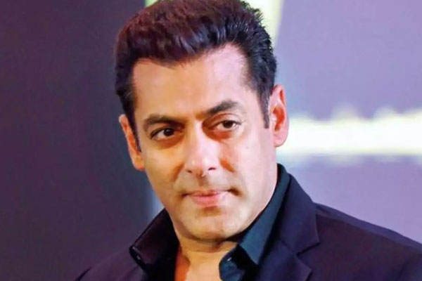 Bigg Boss 14: Salman calls Nikki badtameez, says Rakhi antics help Abhinav - Television News in Hindi