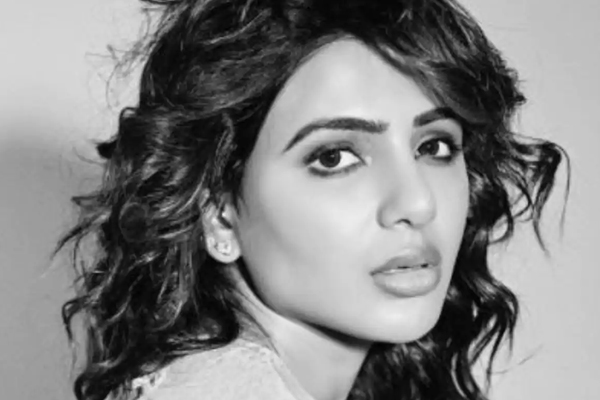 Samantha shines in monochrome photo-op - Bollywood News in Hindi