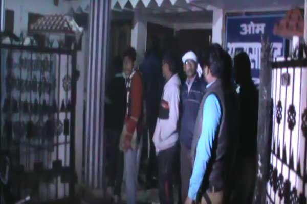 rumor on Tickets were fireworks 3 BJP supporter Scorched in sambhal - Sambhal News in Hindi