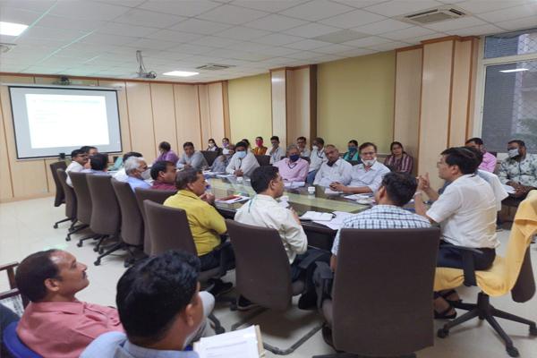 सूचना प्रौद्योगिकी बनेगा लोकसेवाऎ प्रदान करने का सुदृढ़ माध्यम- डॉ समित शर्मा