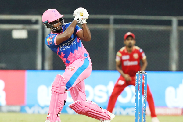 Samson ton on IPL captaincy debut goes in vain as Punjab win - Cricket News in Hindi
