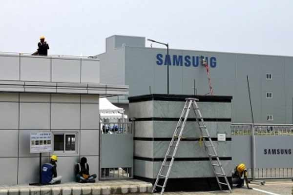 Samsung launches upgraded Galaxy A series in US - Gadgets News in Hindi