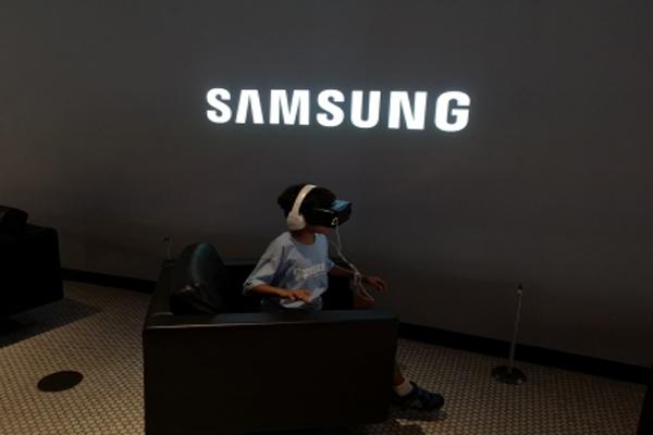 स्मार्टथिंग्स के लिए वेब डैशबोर्ड पर काम कर रहा सैमसंग