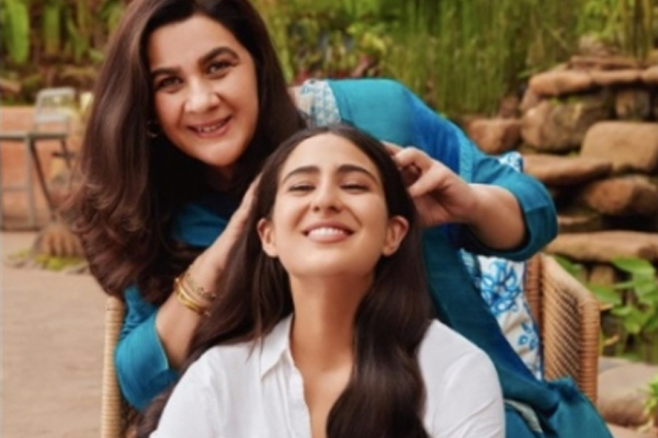 Sara Ali Khan and Amrita Singh come together for the first time for a brand endorsement! - Bollywood News in Hindi