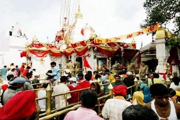 नैनादेवी में सावन के नवरात्रे पर लगा मेला, 3 तक चलेगा