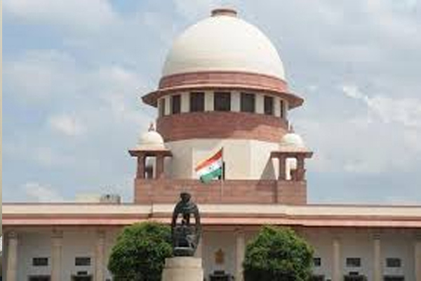 The Supreme Court stayed the Bombay High Court decision to stay skin to skin, - Delhi News in Hindi