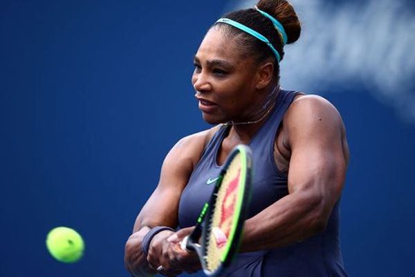 COVID-19: Serena takes up Federer volley challenge - Tennis News in Hindi