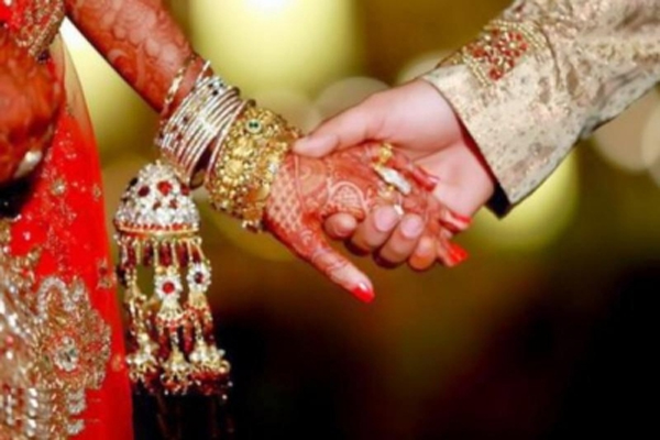 UP woman attacked for marrying a Dalit - Lucknow News in Hindi