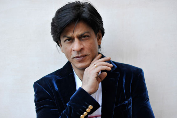 Shah Rukh Khan asks if he is affable, fans respond - Bollywood News in Hindi