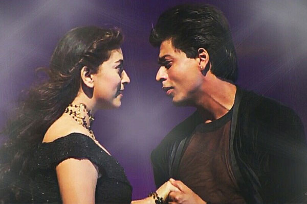 When Shah Rukh Khan arrived at Juhi Chawla party at - Television News in Hindi