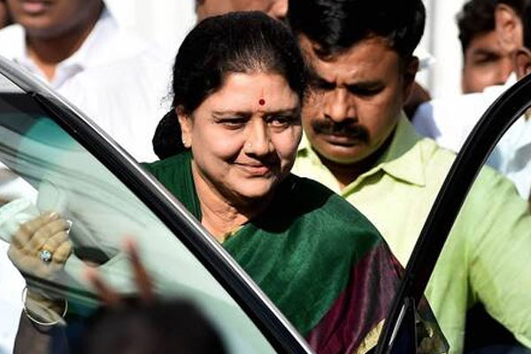 Name missing from voter list, Sasikala could not cast her vote - Chennai News in Hindi