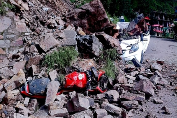 Bodies of Himachal landslide victims handed over to families - Shimla News in Hindi