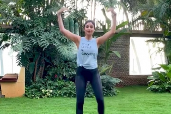 Shilpa Shetty suggests a new workout routine to break the monotony - Fitness Tips in Hindi
