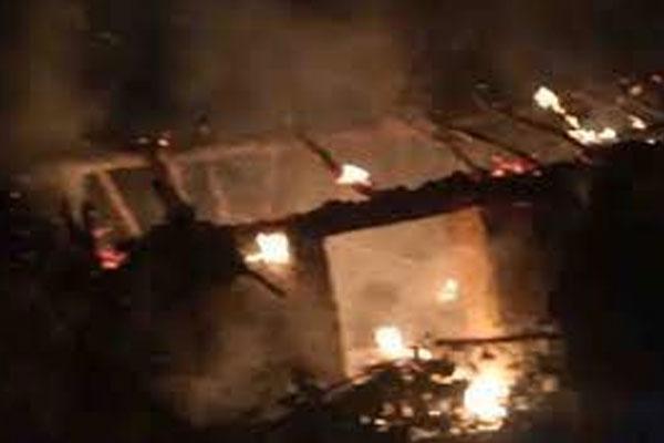 700 huts burned in a fierce fire in Gurugram - Gurugram News in Hindi