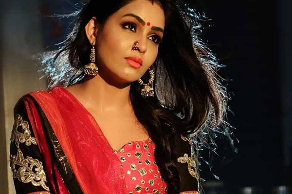 TV star Shubhangi Atre tests positive for Covid - Television News in Hindi