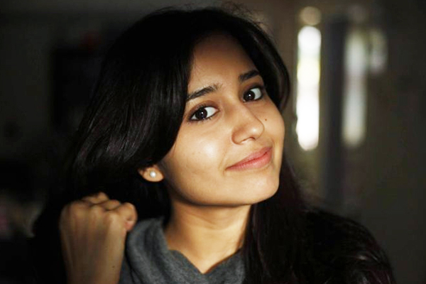 Shweta Tripathi: Would love to do happier roles in future - Bollywood News in Hindi