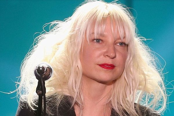 Sia finds parenting painful and rewarding - Hollywood News in Hindi
