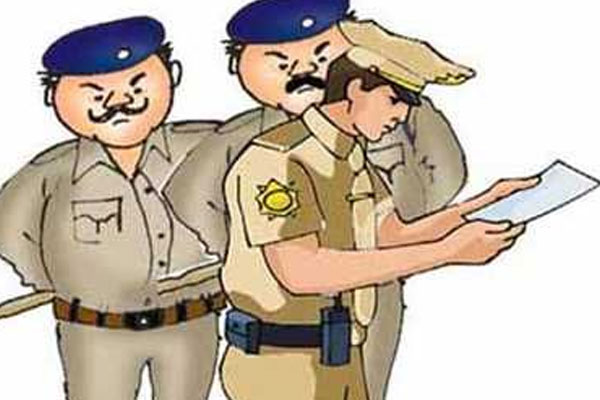 Smugglers run away by beating police in Jaipur, hand over 70 grams of smack and bike - Jaipur News in Hindi