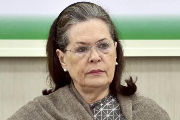Sonia Gandhi, 74, will not celebrate her birthday amid farmer crisis and Covid-19 epidemic - Delhi News in Hindi