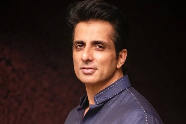 Sonu Sood to launch blood bank app - Bollywood News in Hindi
