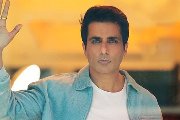 Sonu Sood to those who could not save loved ones: You did not fail, We did - Bollywood News in Hindi