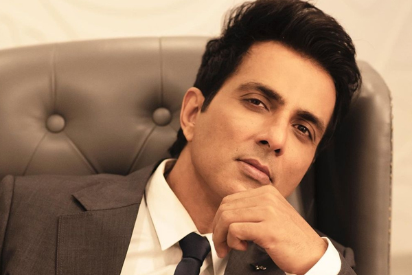 Sonu Sood the first guest on Jay-Ho! The Jay Kumar Show - Bollywood News in Hindi