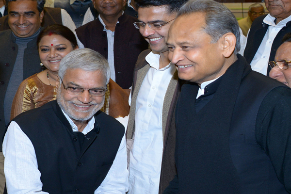 CM Gehlot congratulated Joshi on unanimously elected Assembly Speaker - Jaipur News in Hindi