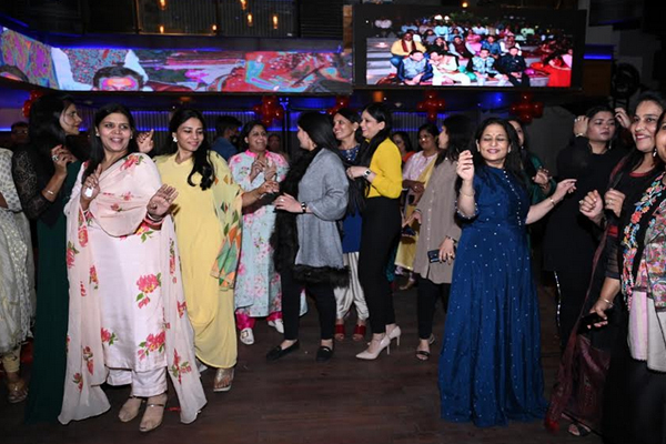 Members of the creation The Spark danced to the tunes of live music - Jaipur News in Hindi