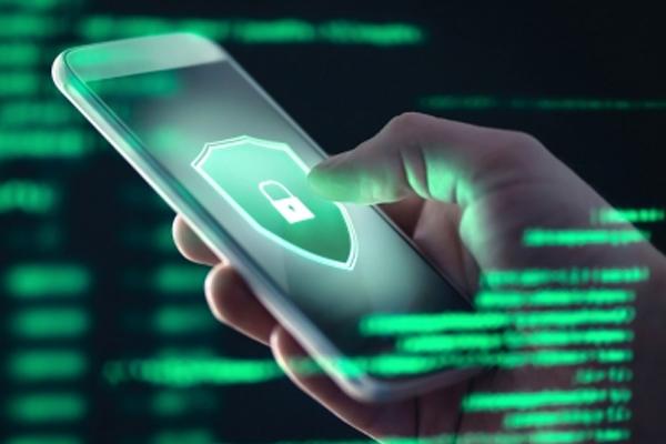जासूसी के लिए 400 यूके मोबाइल फोन नंबर चुनने में UAE का हाथ