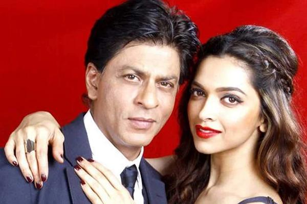 SRK, Deepika head to Mallorca to shoot a song for Pathan - Bollywood News in Hindi