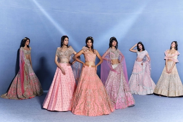 Suneet Varma launches his couture collection at the digital ICW - Lifestyle News in Hindi