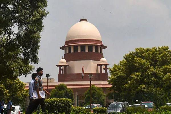 Supreme Court seeks response from Center on plea for media tribunal - Delhi News in Hindi