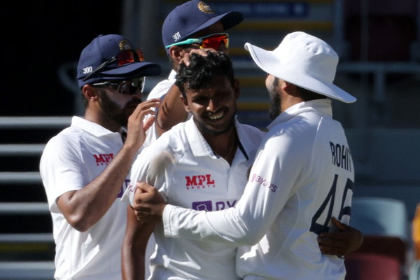 Natarajan becomes India second most successful left arm pacer on debut - Cricket News in Hindi