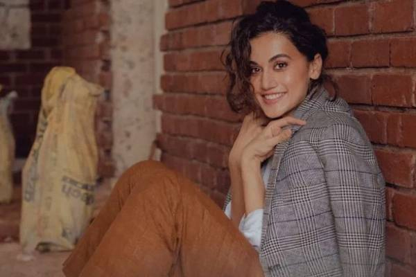 Taapsee mantra: Suit up, smile up, show up - Bollywood News in Hindi