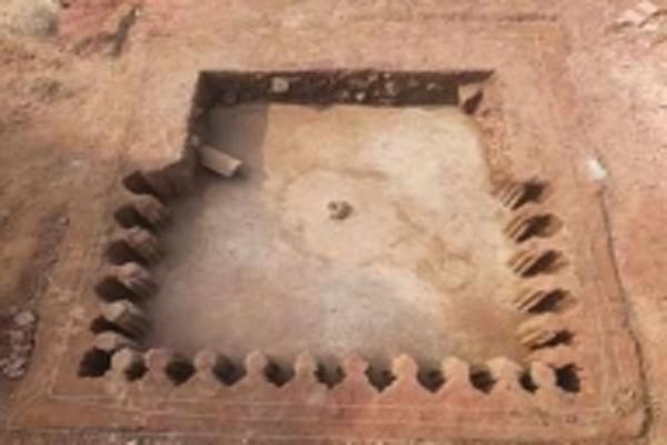 Mughal water tank found in Fatehpur Sikri - Agra News in Hindi