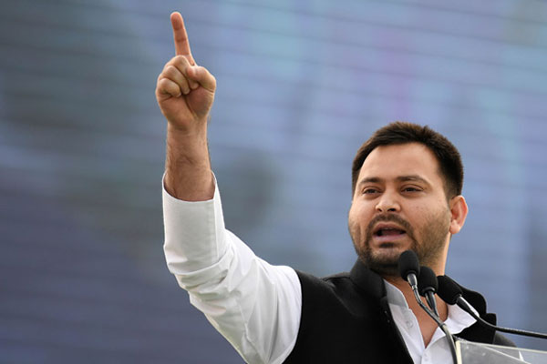 Tejashwi Yadav to meet Chief Minister to pressurize caste census in Bihar - Patna News in Hindi