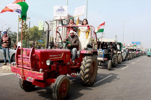 Farmers take out tractor rally in Karnataka, situation is peaceful - Delhi News in Hindi